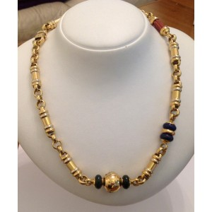 Ожерелье из жёлтого белого золота - 18 кт с сердоликом, лазуритами, нефритом и бриллиантами- gr. 73.63