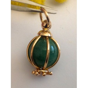 18kt Sold Gold Pendant with Jade - gr. 5.3