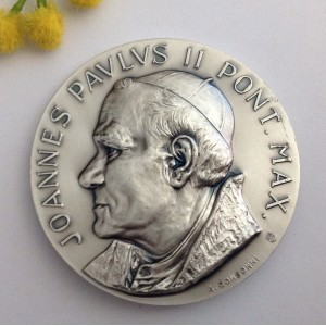 "Silver Plated Brass "" Saint Pope John Paul II° "" Medallion"