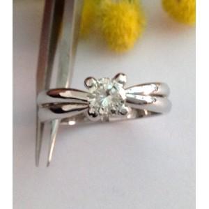 Кольцо с бриллиантом из белого золота с бриллиантами - gr. 6.24