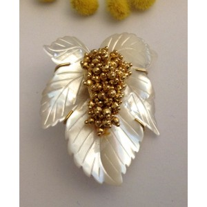 18kt Solid Gold Pendant Brooch with Mother of Pearl- gr. 22.75